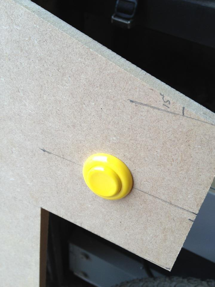 Test fitting of a button